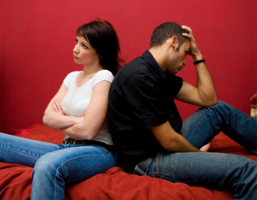Муж с друзьями трахают жену - видео / byclick @ Tube-OK