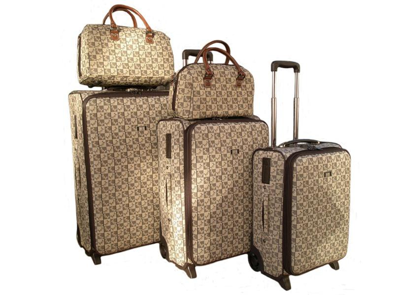 Что положить в чемодан?
