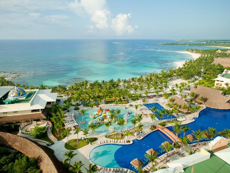 views-108-hotel-barcelo-maya-palace