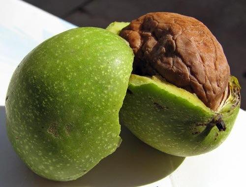 Орехи помогают поддерживать красоту